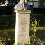 A Gernyeszegen, a Teleki-kastélyban született Bethlen István emlékművét megkoszorúztuk